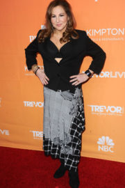 Kathy Najimy Stills at Trevor Project's 2017 Trevorlive Gala in Los Angeles 2017/12/03