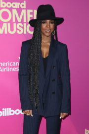 Kelly Rowland Stills at 2017 Billboard Women in Music Awards in Los Angeles