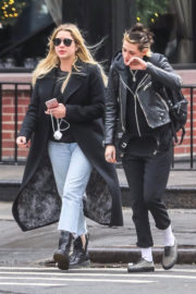 Kristen Stewart and Ashley Benson Stills Out and About in New York 2017/12/12