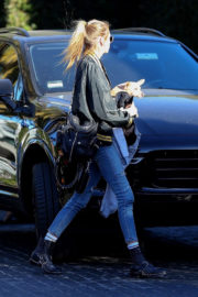Kristen Stewart and Stella Maxwell Stills Out for Lunch at Cecconi's in West Hollywood 2017/12/21