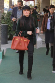 Kyle Richards Stills Out Shopping in Beverly Hills 2017/12/19