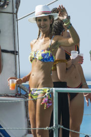 Lady Victoria Hervey Stills at Party Boat on Holiday in Barbados 2017/12/28