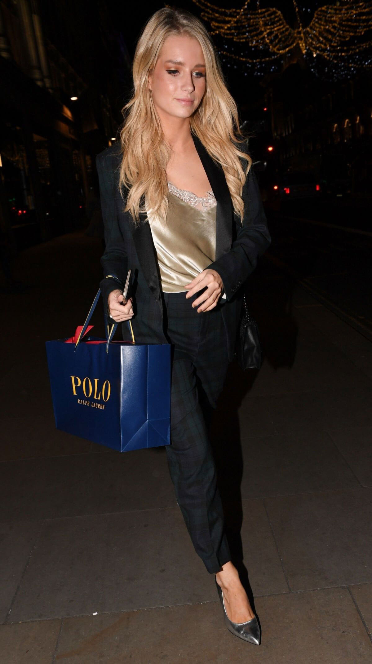 Lottie moss stills at polo bear holiday dinner at ralph s for Ralph s coffee london