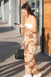 Madison Beer Stills Out for Lunch at Jon & Vinny's Pizza in Los Angeles 2017/12/04