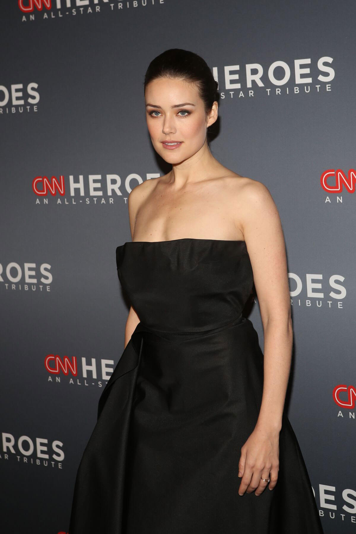 19 megan boone actress - photo #32