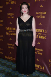 Melody Grove Stills at Farinelli and the King Broadway Opening Night in New York 2017/12/17