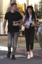 Michelle Keegan Stills Out for Iced Coffees at Teavana in Los Angeles 2017/12/28