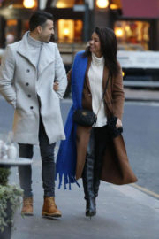 Michelle Keegan Stills Out Shopping in London 2017/12/13