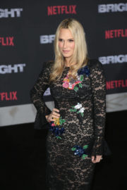 Molly Sims Stills at Bright Premiere in Los Angeles 2017/12/13