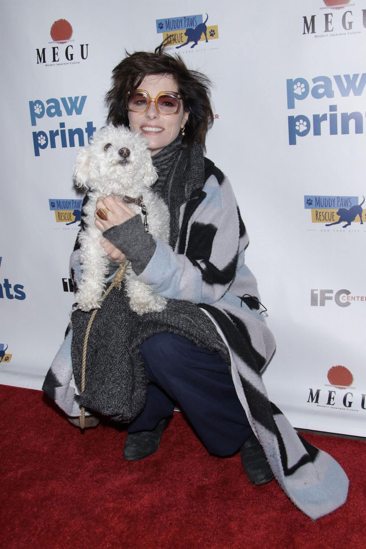 Parker Posey Stills at 1st Annual Paw Prints Paw-liday Screening in New York 2017/12/19