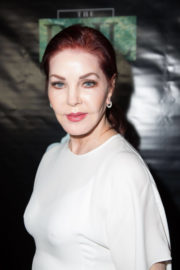 Priscilla Presley Stills at Farinelli and the King Opening Night in New York 2017/12/17