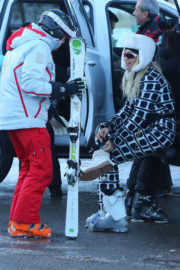 Rita Ora Stills Out and About in Aspen 2017/12/28