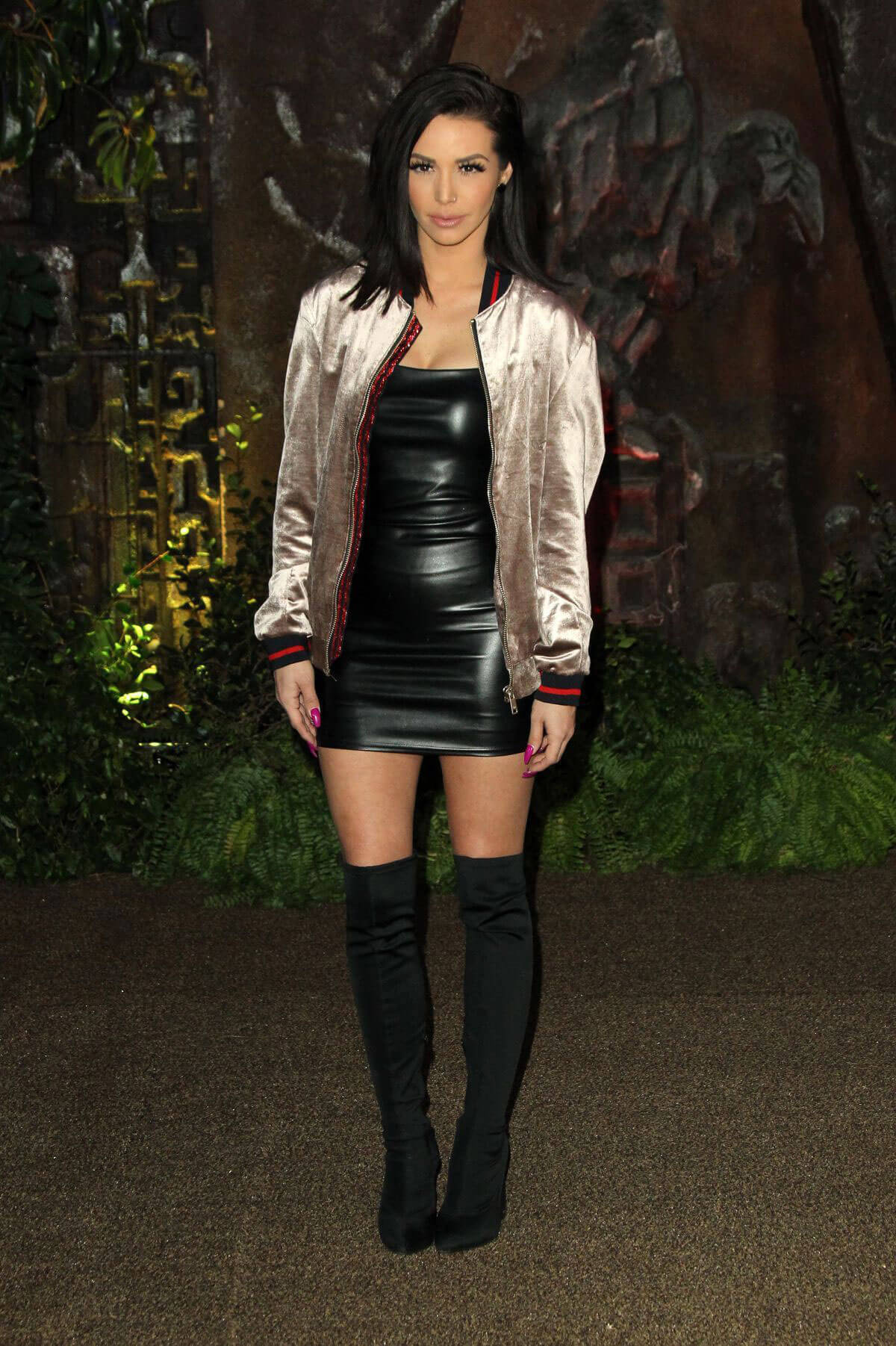 Scheana Marie Stills at Jumanji; Welcome to the Jungle Premiere in Los Angeles 2017/12/11