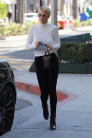 Sofia Richie Stills Shopping at Tom Ford in Beverly Hills 2017/12/18