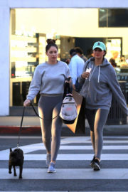 Sophia and Olivia Pierson Stills Out Shopping in Beverly Hills 2017/12/01