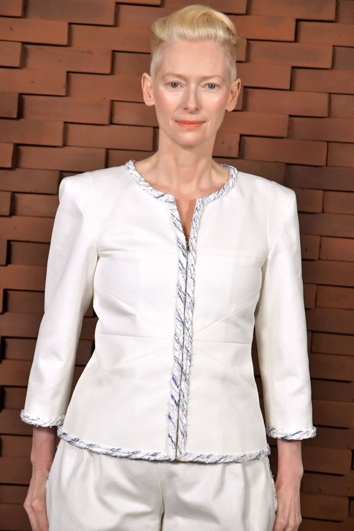 Tilda Swinton Stills at Chanel Metiers D'Art Collection Fashion Show in Hamburg 2017/12/06
