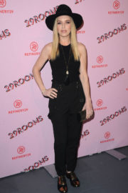 ZZ Ward Stills at Refinery29 29Rooms Los Angeles: Turn It Into Art Opening Party 2017/12/06