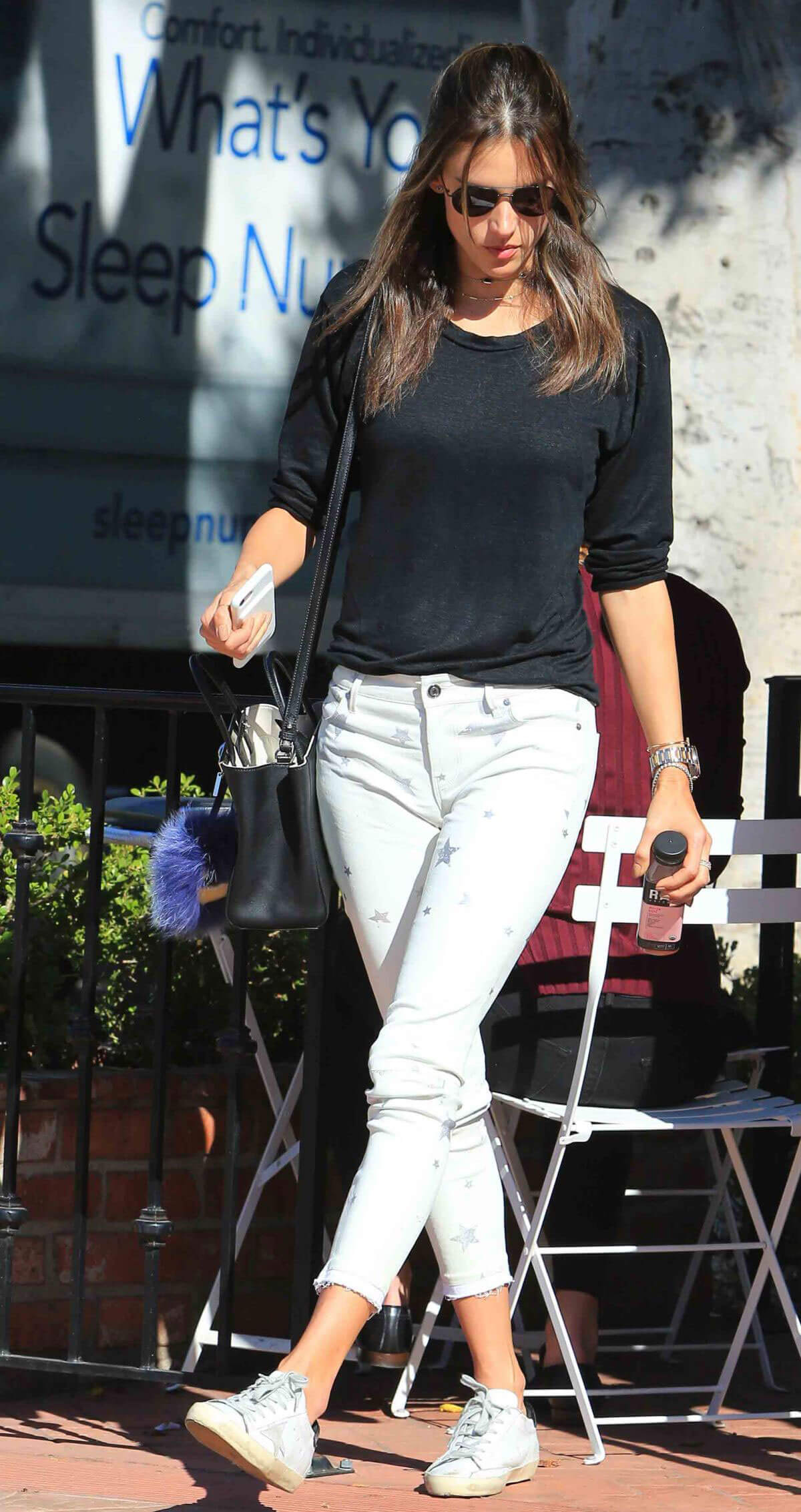 Alessandra Ambrosio Stills Leaves Alfred Coffee in Brentwood 2017/11/14