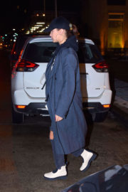 Bella Hadid Stills Out and About in New York 2018/01/11