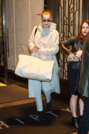Bella Hadid Stills Out and About in New York 2018/01/12
