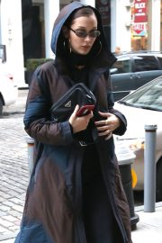 Bella Hadid Stills Out and About in New York 2018/01/28