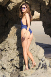 Blanca Blanco Stills in Swimsuit on the Set of a Photoshoot at a Beach in Malibu 2017/12/08