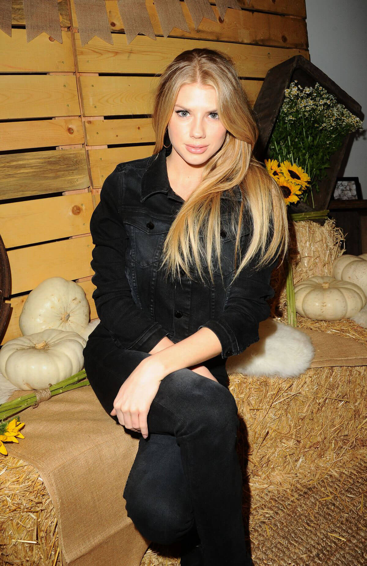 Charlotte McKinney Stills at Bollare Holiday Harvest x Timberland Fall Style Event in Beverly Hills 2017/11/14