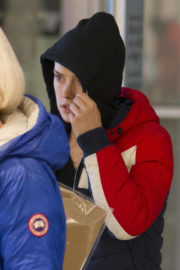 Daisy Ridley Stills at Airport in Montreal 2017/11/17