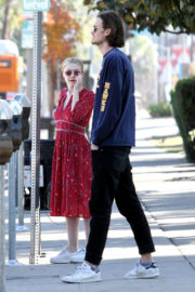 Dakota Fanning and Henry Frye Stills Out for Lunch in Studio City 2017/12/30