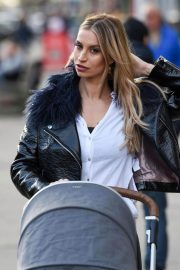 Ferne McCann Stills Out and About in Essex 2018/01/18