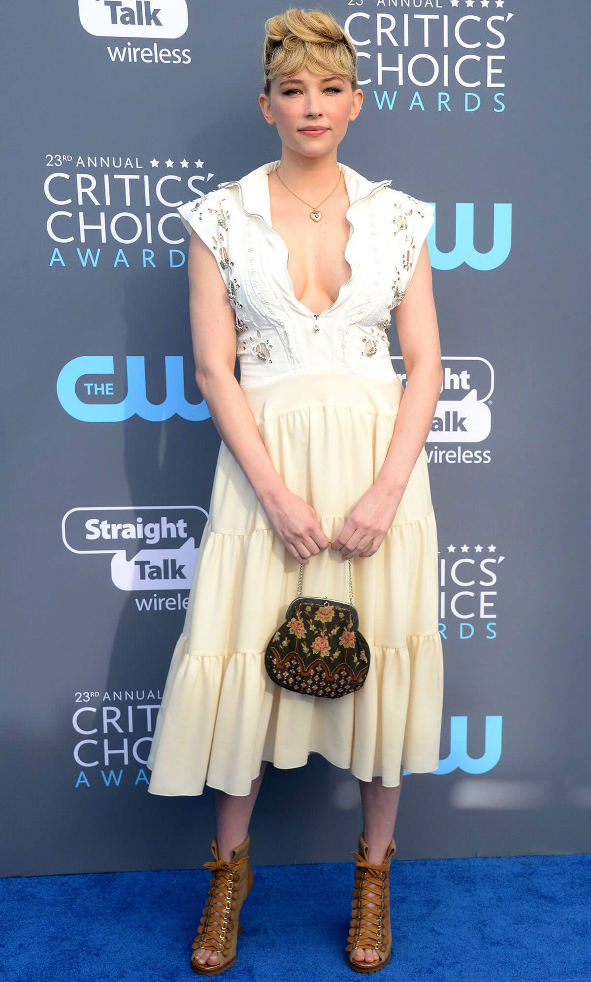 Haley Bennett Stills at 2018 Critics Choice Awards in Santa Monica 2018/01/11