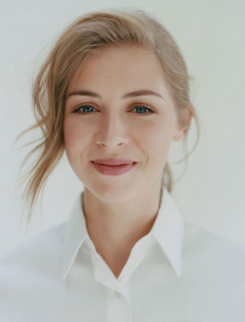 Hermione Corfield Poses For Town And Country Great