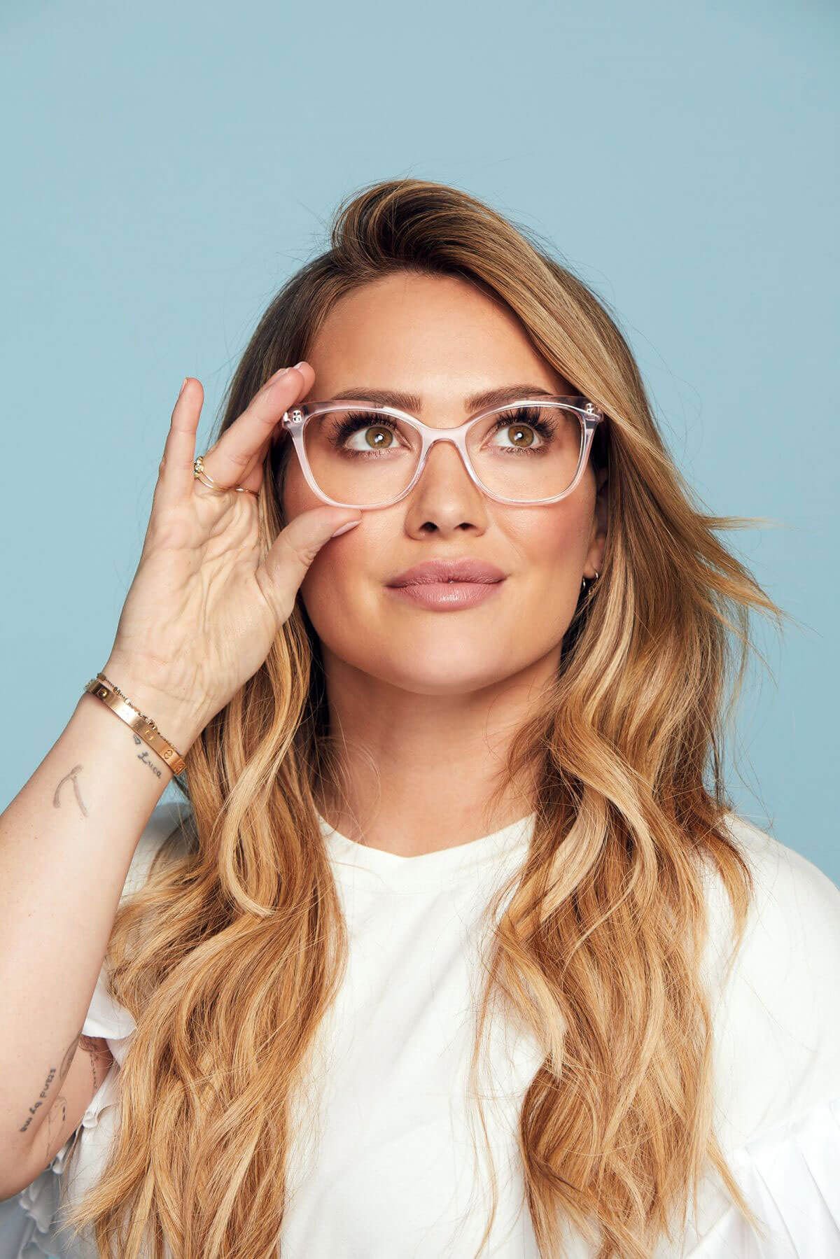 hilary duff poses for hilary duff collection with
