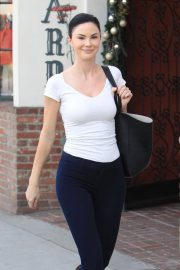 Jayde Nicole Stills Out for Lunch in Beverly Hills 2018/01/30