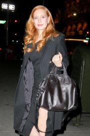 Jessica Chastain Stills Leaves Tonight Show Starring Jimmy Fallon in New York 2017/11/17