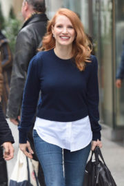 Jessica Chastain Stills Out for Lunch in New York 2017/11/16
