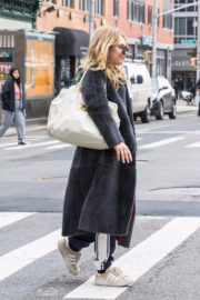Juno Temple Stills Out and About in New York 2017/11/15