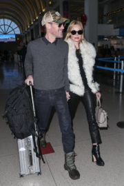 Kate Bosworth and Michael Polish Stills at LAX Airport in Los Angeles 2017/12/08