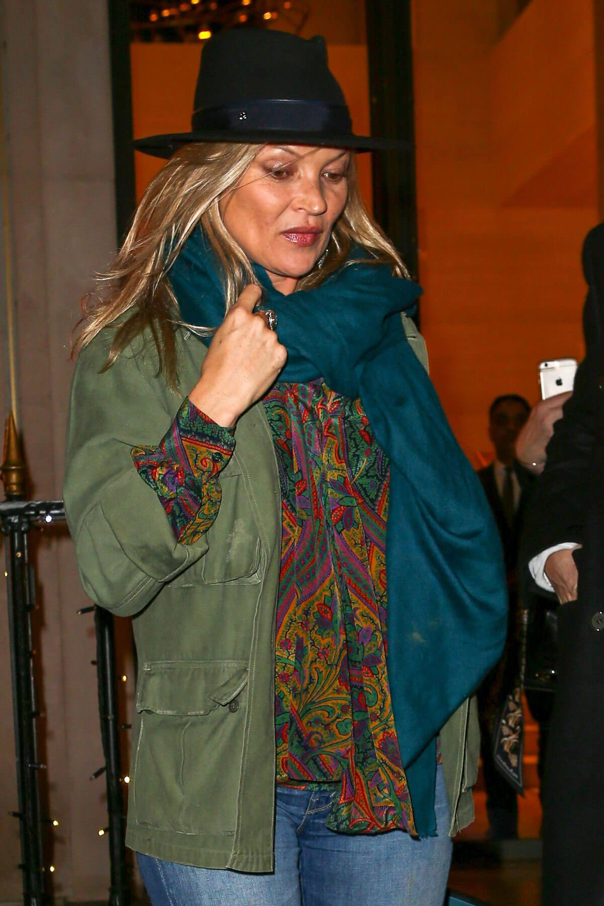 Kate Moss Stills Shopping At Louis Vuitton Store In Paris