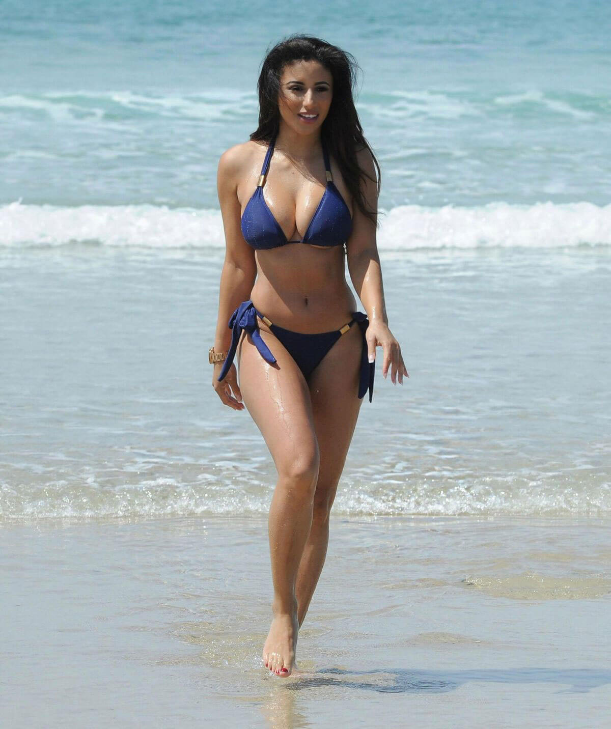 kayleigh morris stills in bikini at a beach in cyprus 2018 01 15 02 - Kayleigh Morris Stills in Bikini at a Beach in Cyprus 2018/01/15