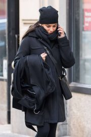 Lea Michele Stills Taking Her Coat to Dry Cleaners in New York 2018/01/27