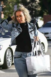 Leona Lewis Stills Shopping at Saks Fifth Avenue in Beverly Hills 2018/01/24