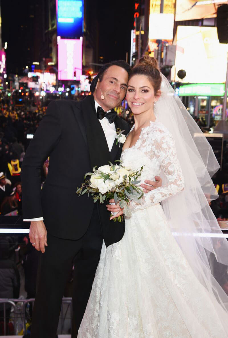 Maria Menounos Stills Getting Married on New Year's Eve in New York 2017/12/31
