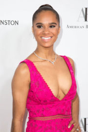 Misty Copeland Stills at American Ballet Theatre Holiday Benefit Gala in Los Angeles 2017/12/11