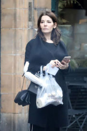 Nigella Lawson Stills Out and About in London 2017/12/22