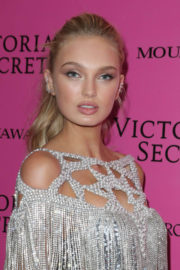 Romee Strijd Stills at 2017 VS Fashion Show After Party in Shanghai 2017/11/20