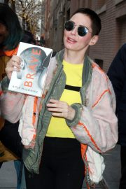 Rose McGowan Stills Arrives at The View in New York 2018/01/30