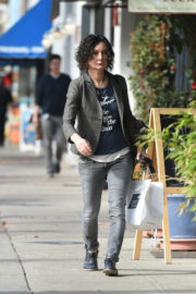 Sara Gilbert Stills Out and About in Los Angeles 2018/01/02