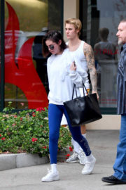 Selena Gomez and Justin Bieber Stills Leaves Pilates Studio in West Hollywood 2018/01/03