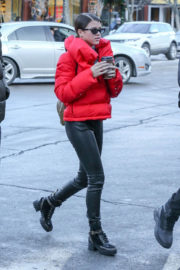 Sofia Richie and Scott Disick Stills Out Shopping in Aspen 2017/12/29